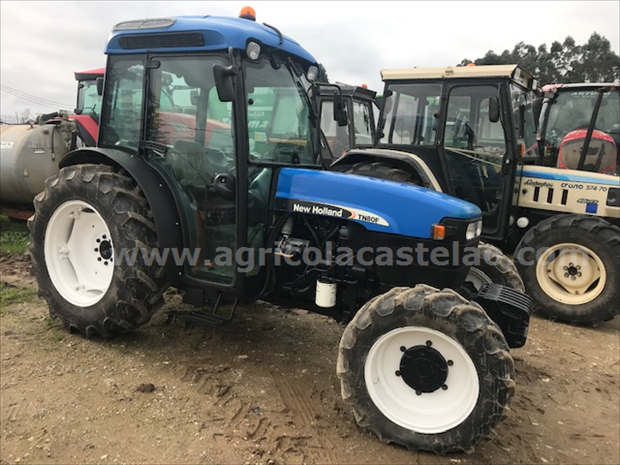 TRACTOR NEW HOLLAND TNF80