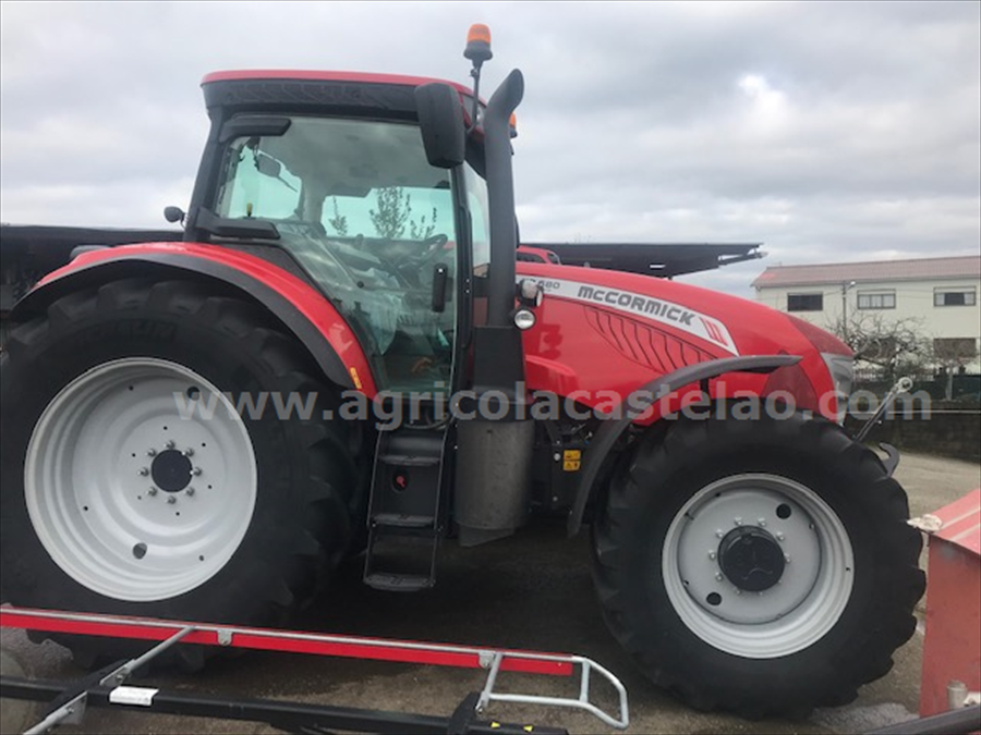 TRACTOR MCCORMICK X7.680